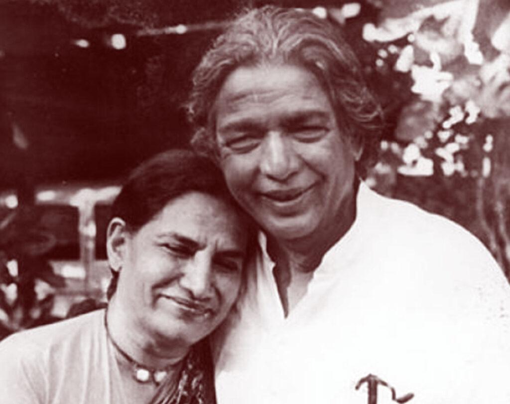 Kaifi Azmi with Shaukat Azmi